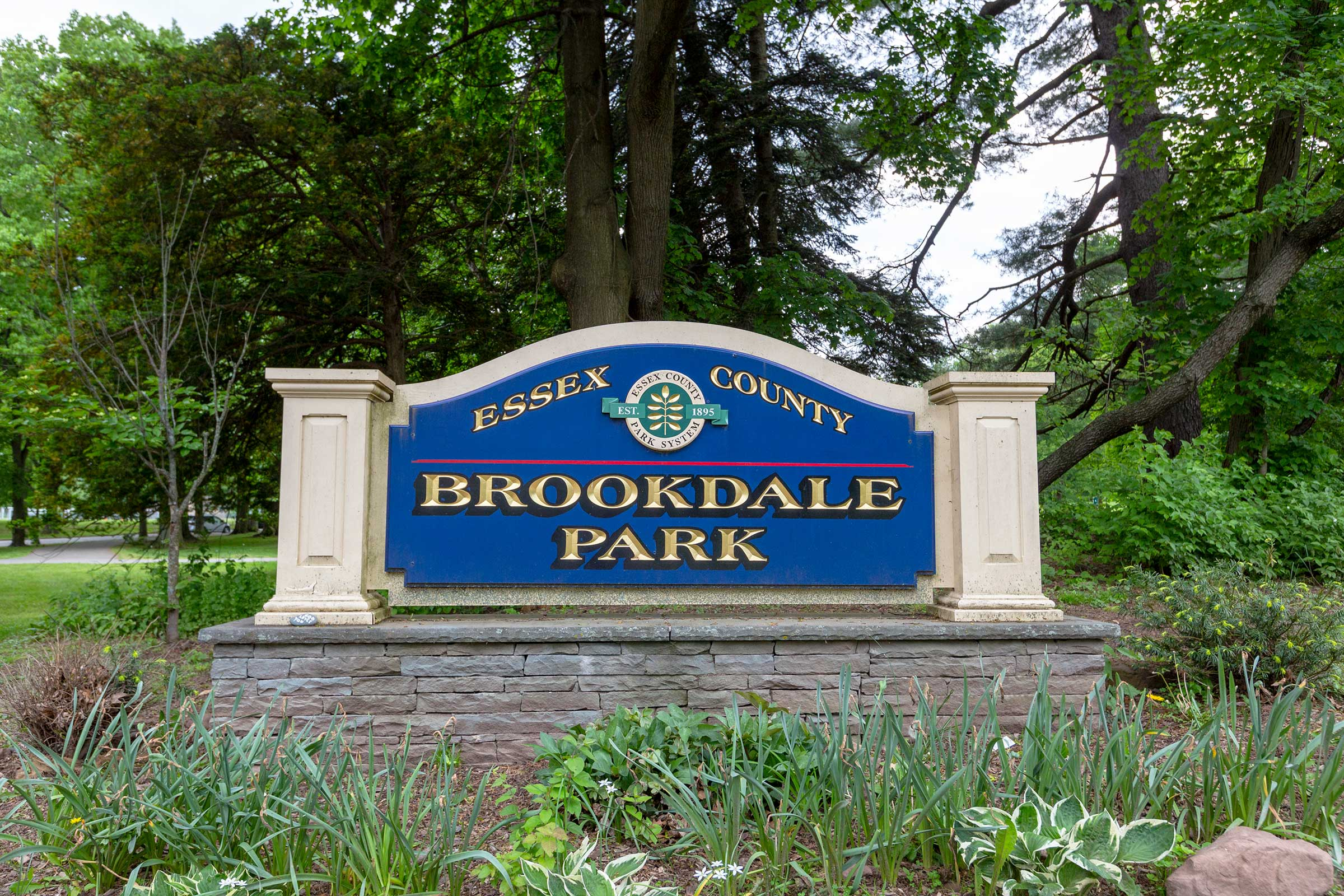 brookdale-park_bloomfield2_slide