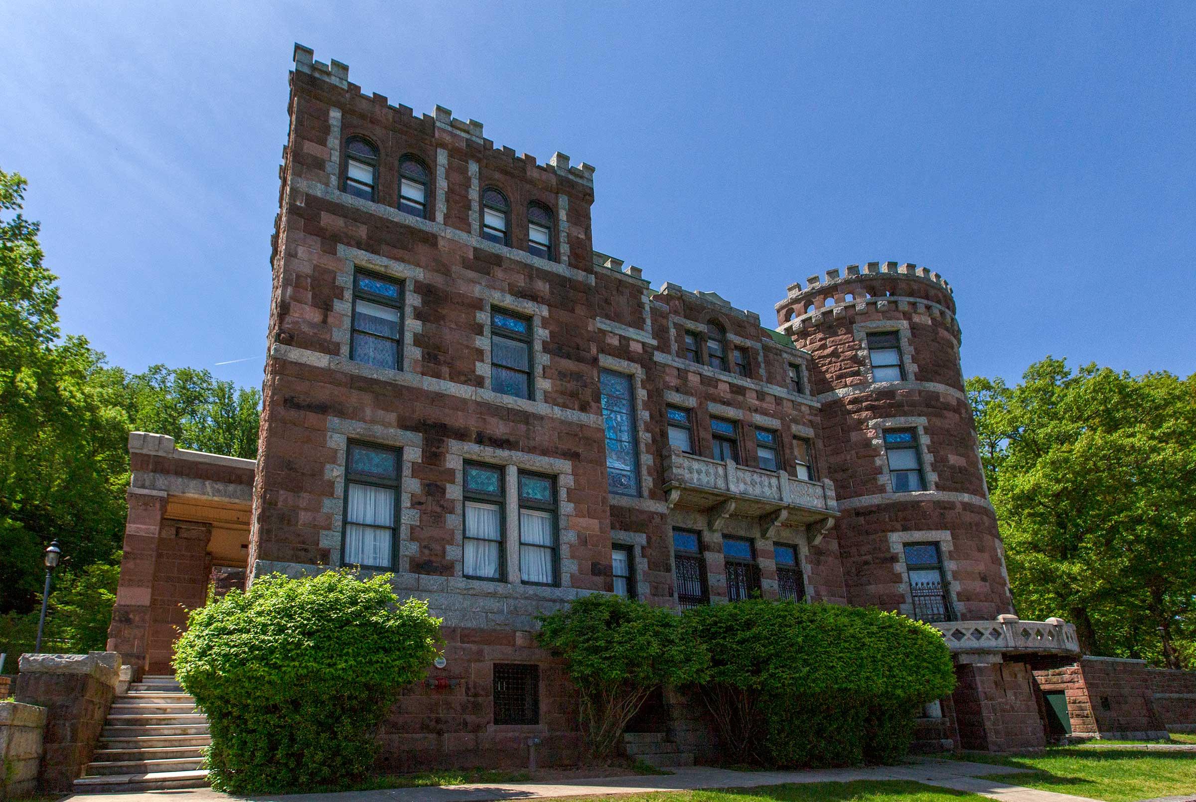 passaic-county_lambert-castle-paterson_slide